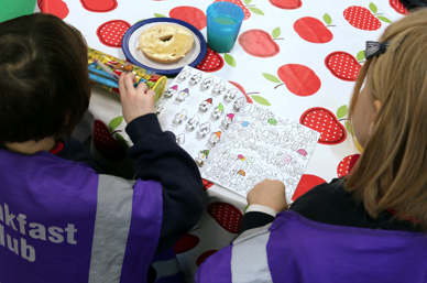 Labour school breakfast pledge